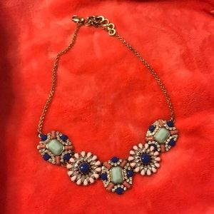 $4.99 shipping ❗️Very beautiful j crew necklace